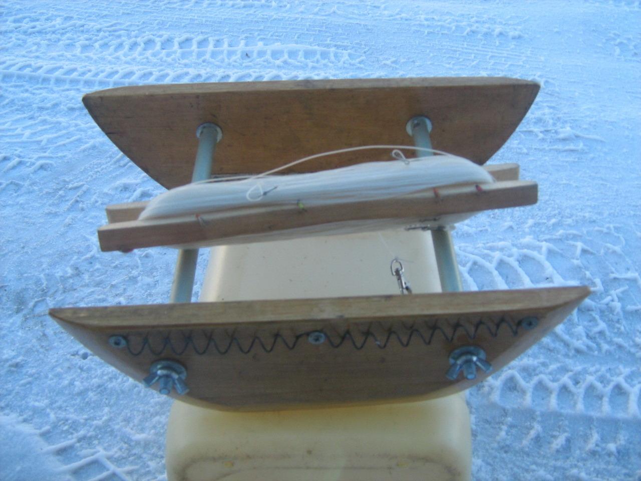 Кораблик рыболовный фото
