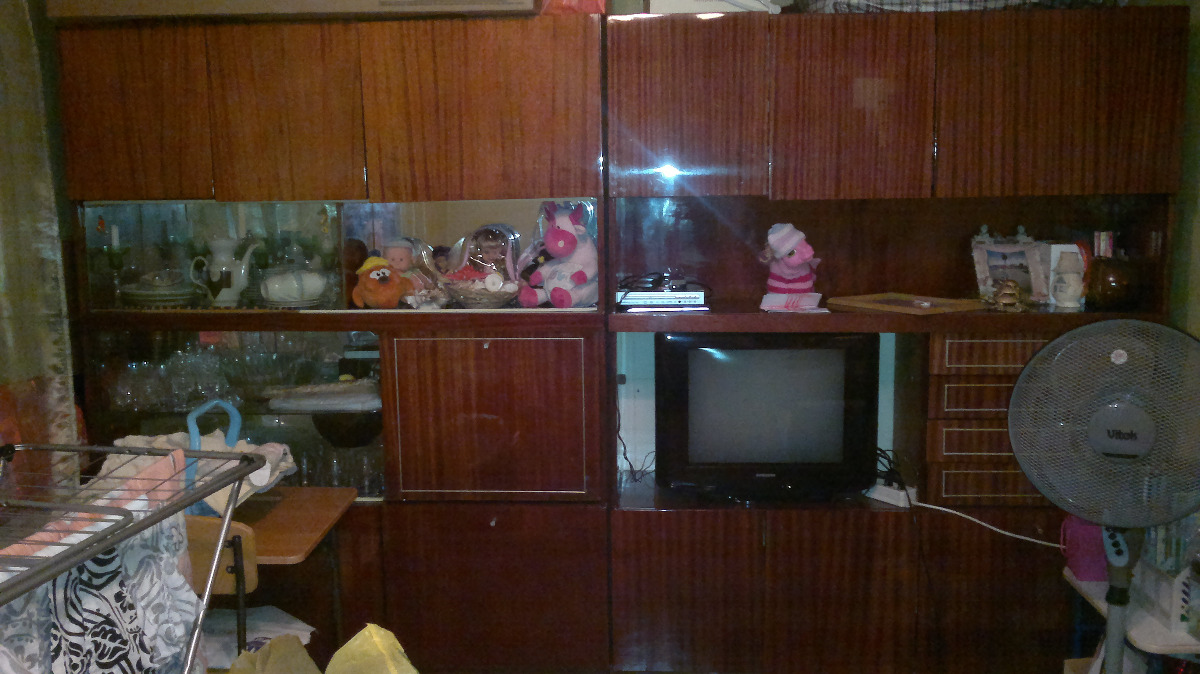 Отдам старую мебель