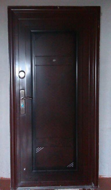 купить и вставить входные железные квартирные двери в москве