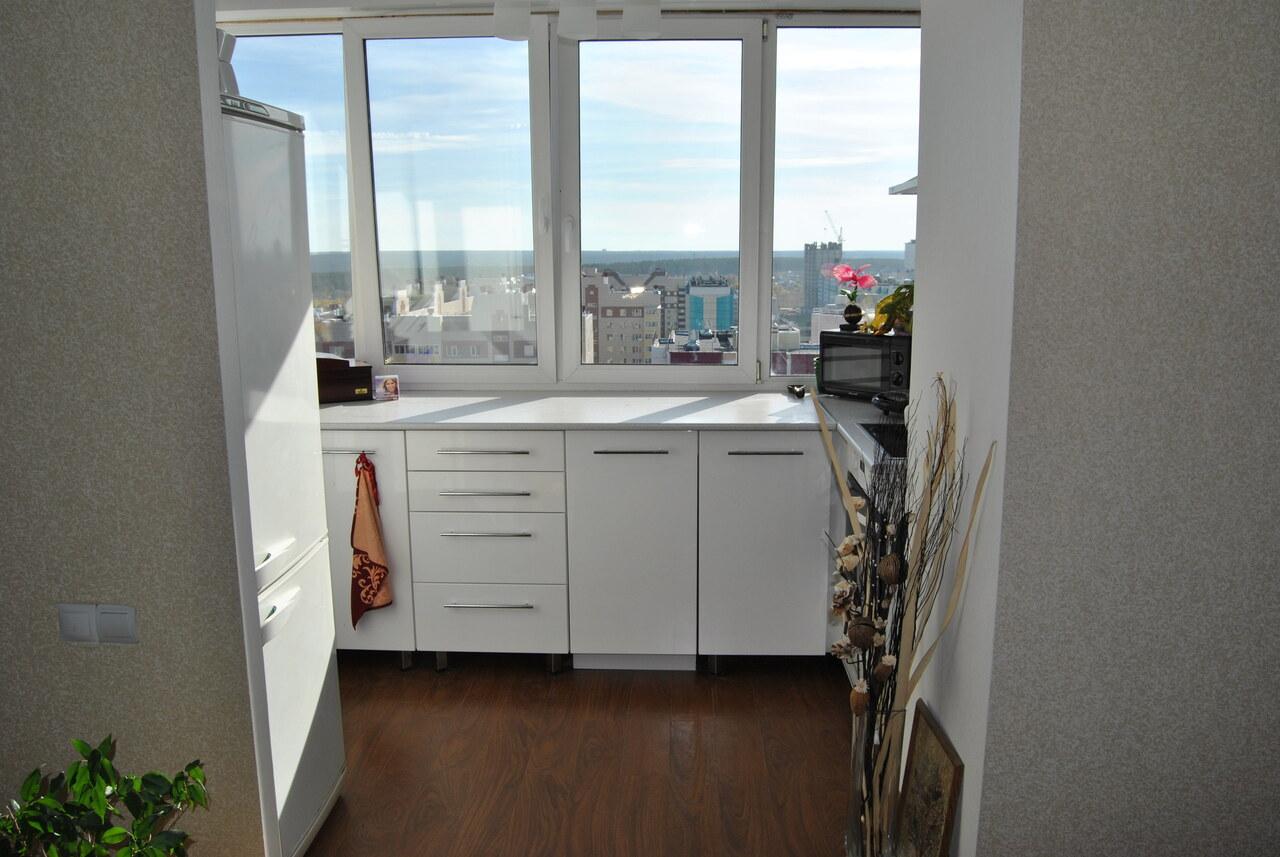 Кухня совмещенная с балконом: варианты перепланировки помеще.