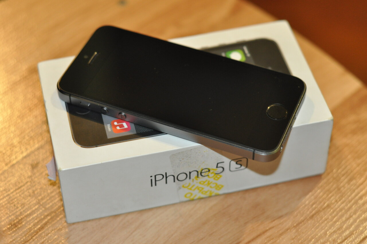 iphone 5s space gray iphone 5s 16gb space gray 21 500 руб общение 3676