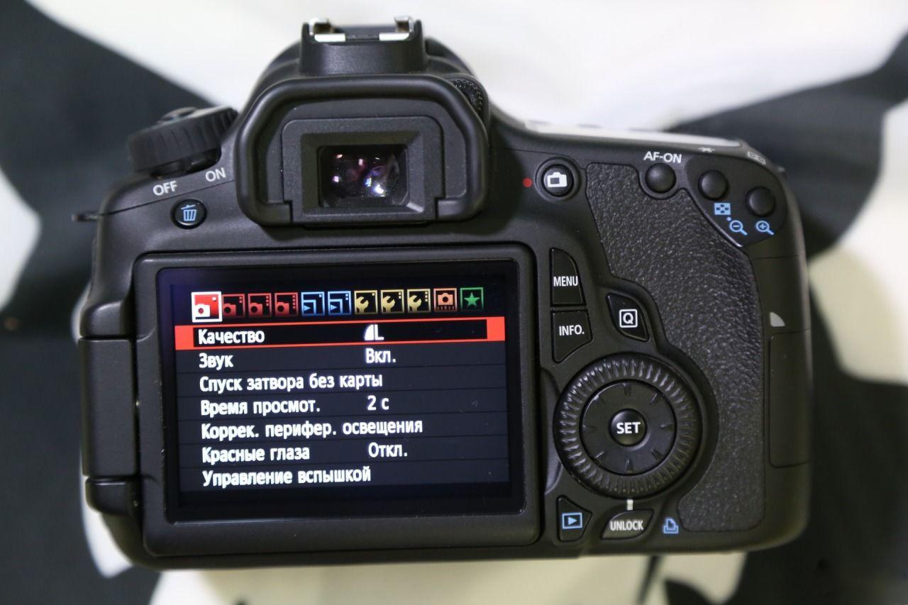 Как марка фотоаппарата качественнее карте они